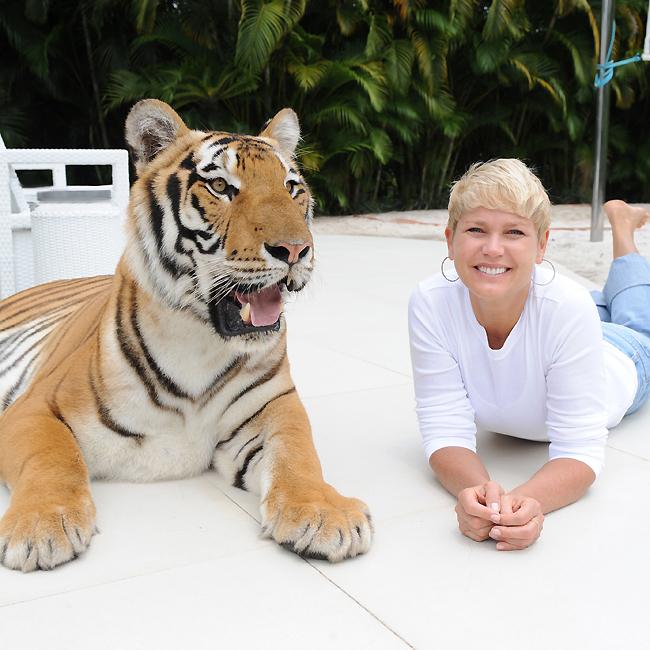 Xuxa e o Tigre *--*